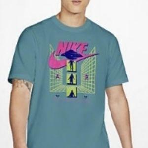 Nike shirt (funny alien) size L,brand new